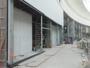 Baustelle Schaufenster Lieferung und Montage in Poznan